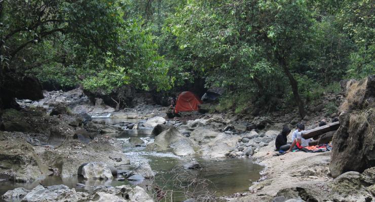 sungai jernih di area Bislab