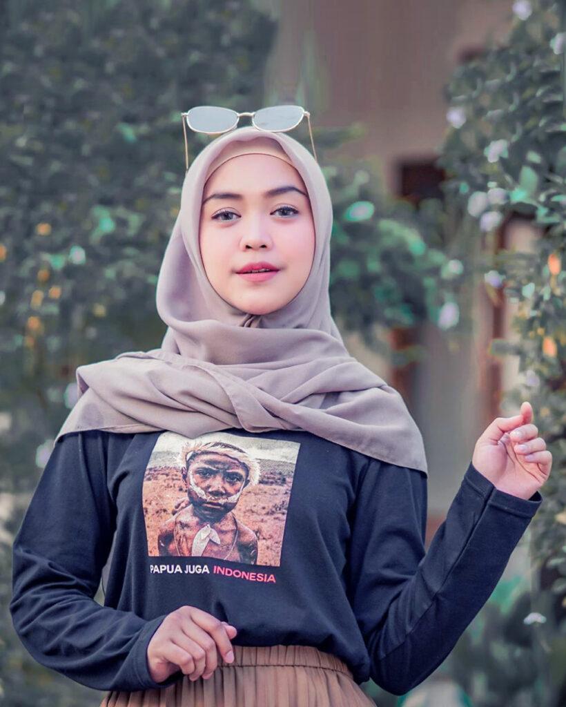 Cewek Manis Ria Ricis Cewek IGO Pakai Hijab