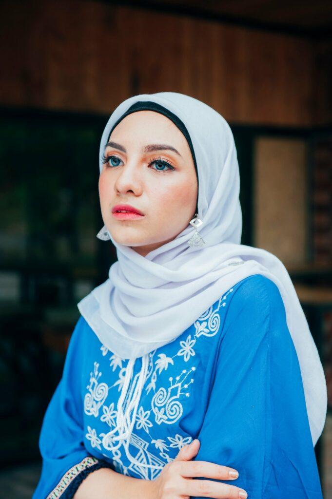 Cewek mamnis Selife pakai Make Hijab cantik
