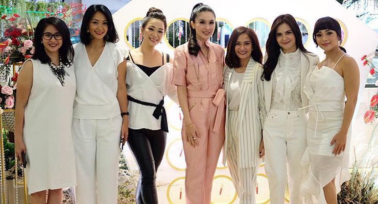 Cewek cantik dan manis Cut Tari dan Sandra Dewi