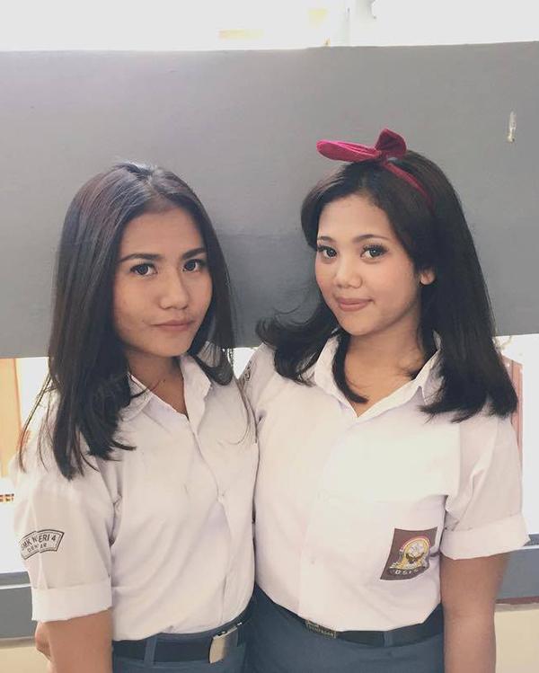 Cewek IGO manis SMA seksi dan cantik di Sekolah