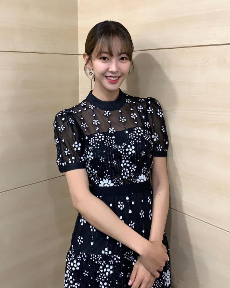 Go Won Hee artis cantik dan imut dari korea selatan