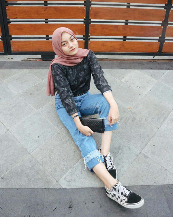 OTTD cewek manis HIjab Celanan Jenas Puntung betik Indah Jilbab