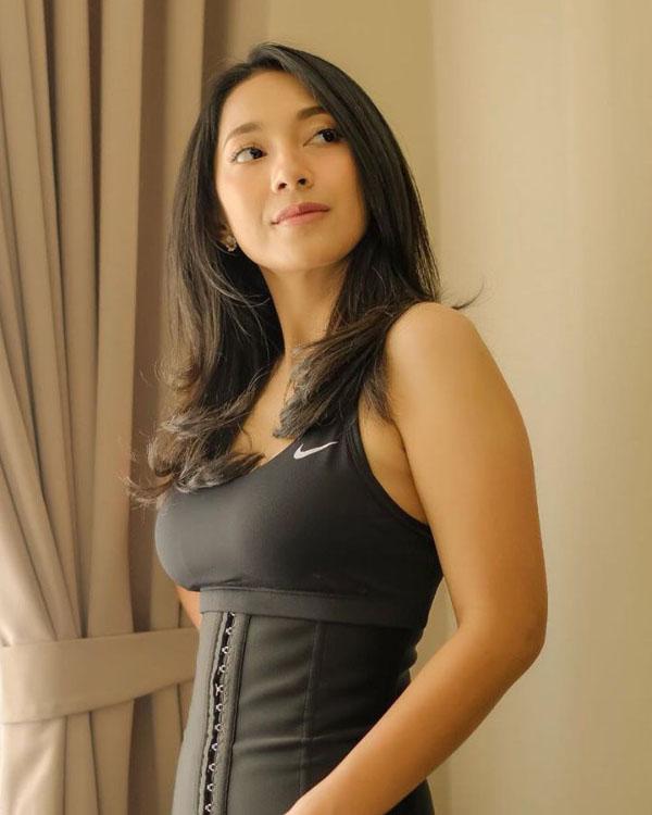 Dinda Kirana artis FTV seksi dan manis Toge