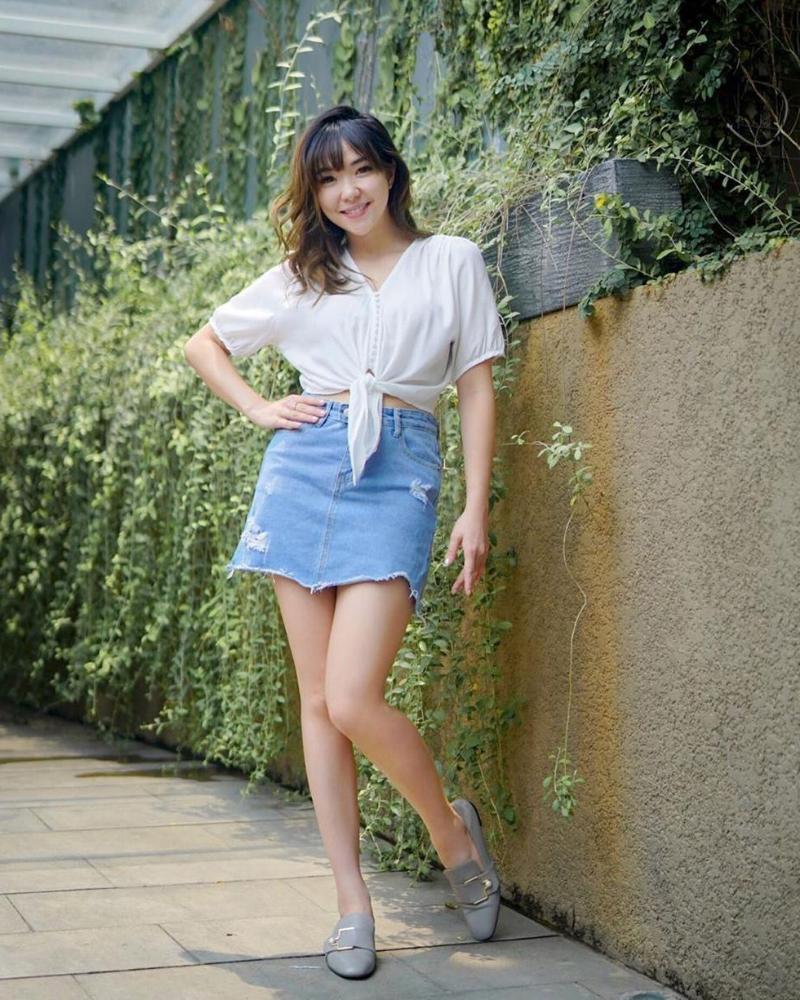 Gisella Anastasia cantik rok mini pendek manis