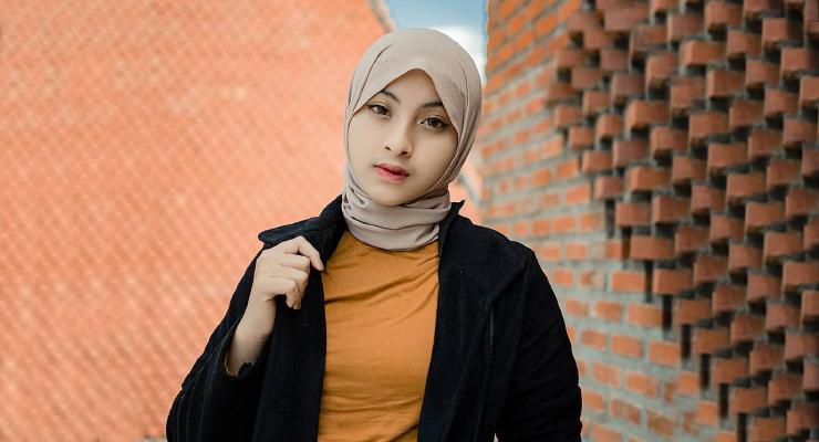 Cewek manis IGO Hijab Bunga Afithria
