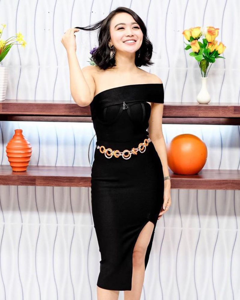 Sexy Black Dress manis Cantik dan manis