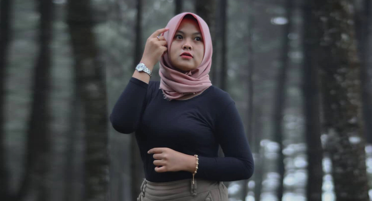 Cewek Igo manis pakai Jilbab seksi dan super manis