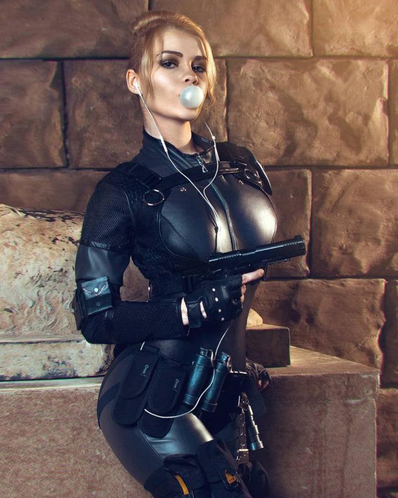 Cassie Cage Cosplay Seksi Mortal Combat