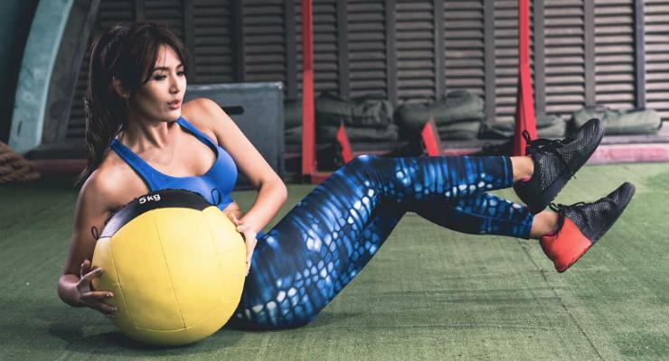 Maria Selena Pakai Legging Work Out