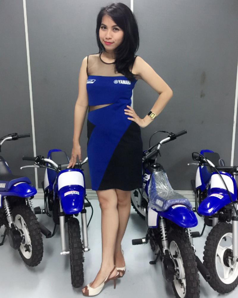 SPG cantik Tocil pamera Motor yamaha Mini