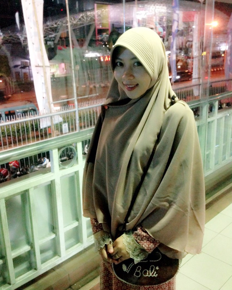 Bidan MakassaR Cantik Ani Revanidi MTC Makassar