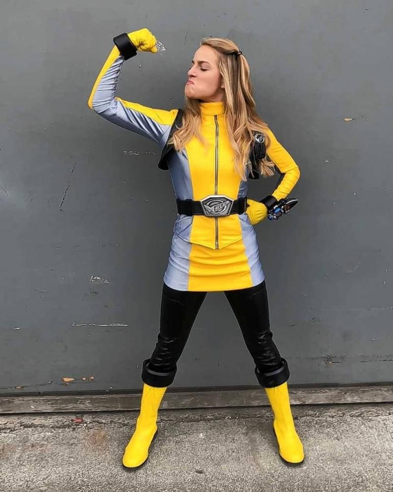 Kimberley Crossman Zoey Reever Ranger Kuning