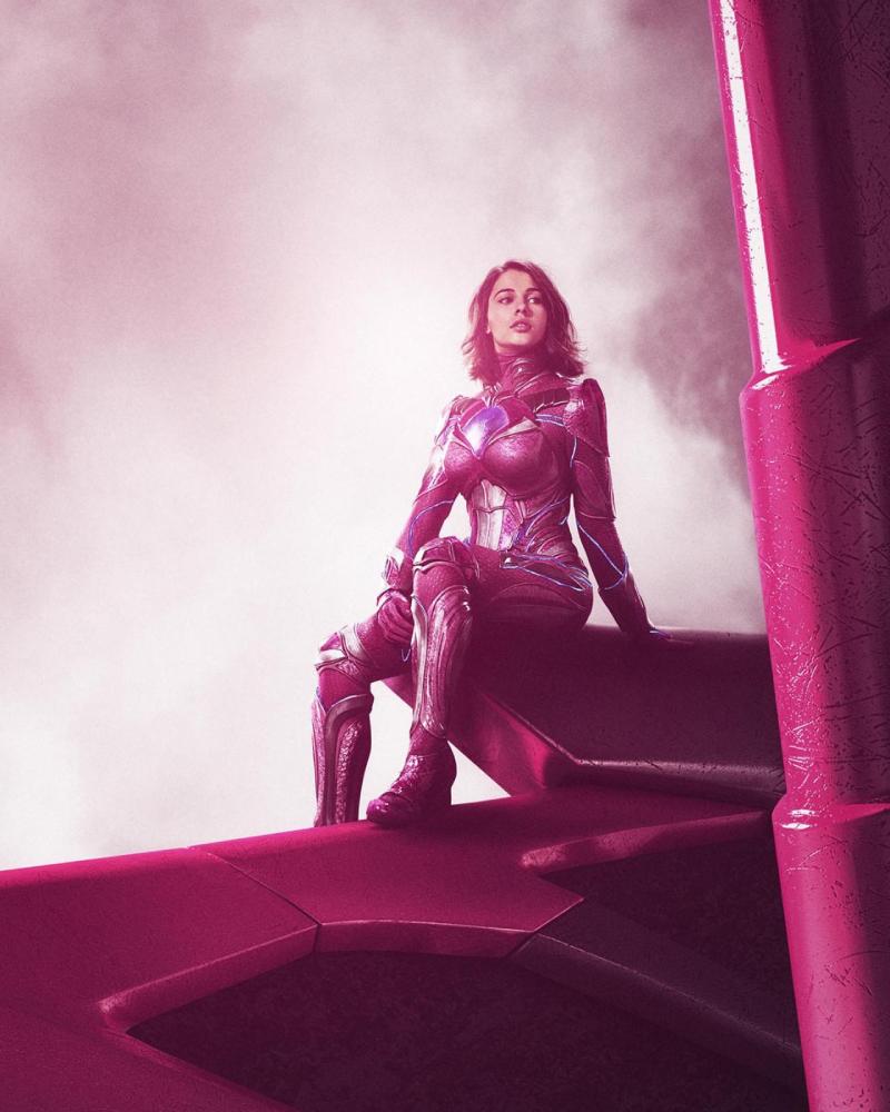 Naomi Scot Pemeran Kimbery HArt Ranger Pink