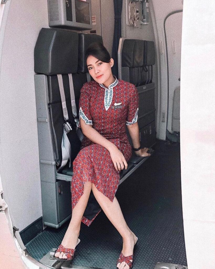 Betis indah dan seksi Pramugari Lion Air