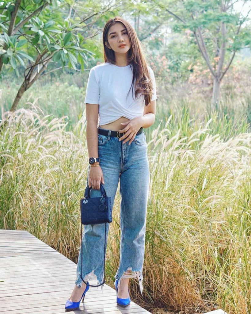 Crop top seksi Celana Jeans manis